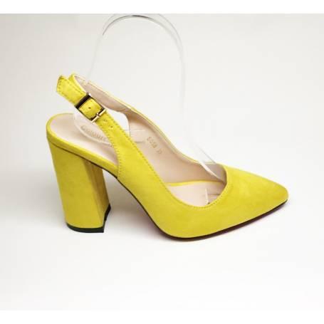 Zapato de Tacon Ante Amarillo